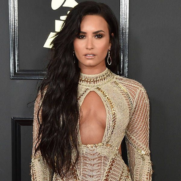 rs_600x600-170212163804-600-2017-grammy-awards-arrivals-demi-lovato.jpg