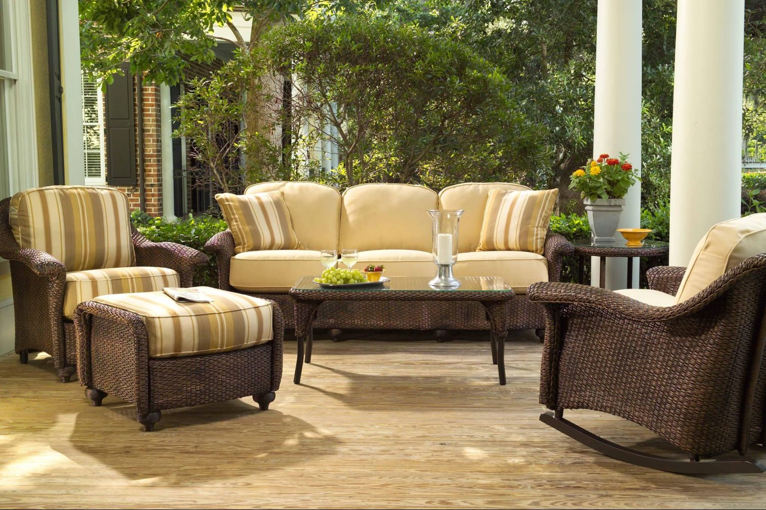 Patio furniture outdoor seating dining patio for Porch furniture