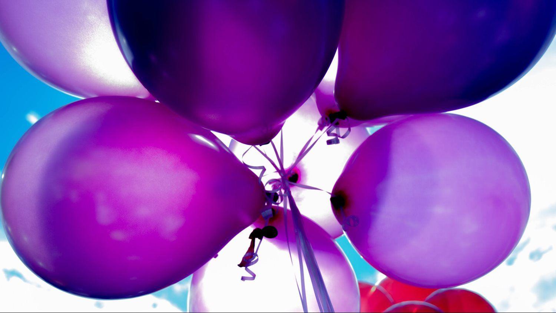 purple baloons