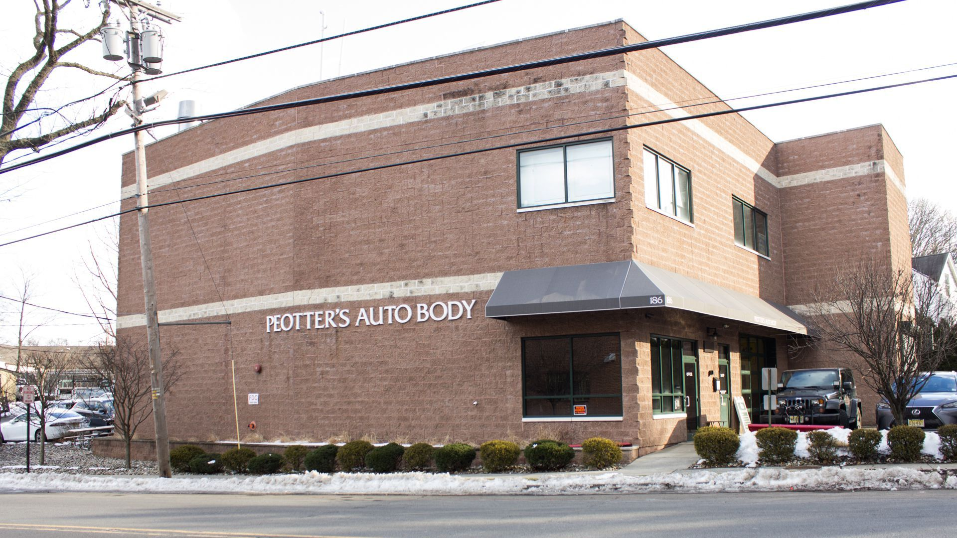 Contact - Peotter's Auto Body, Inc.