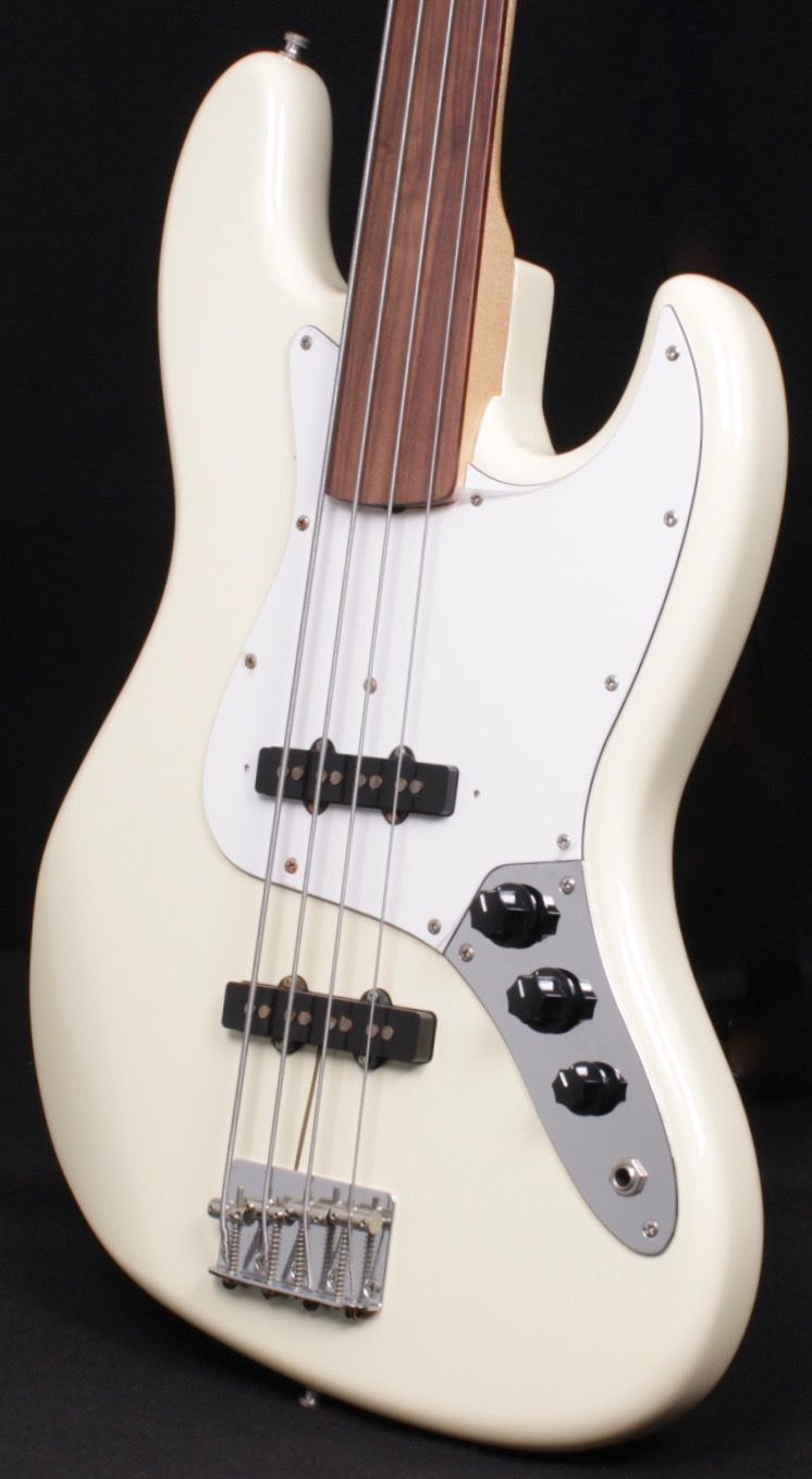 Bass Guitar Stash In Torrington - George\'s Music Center