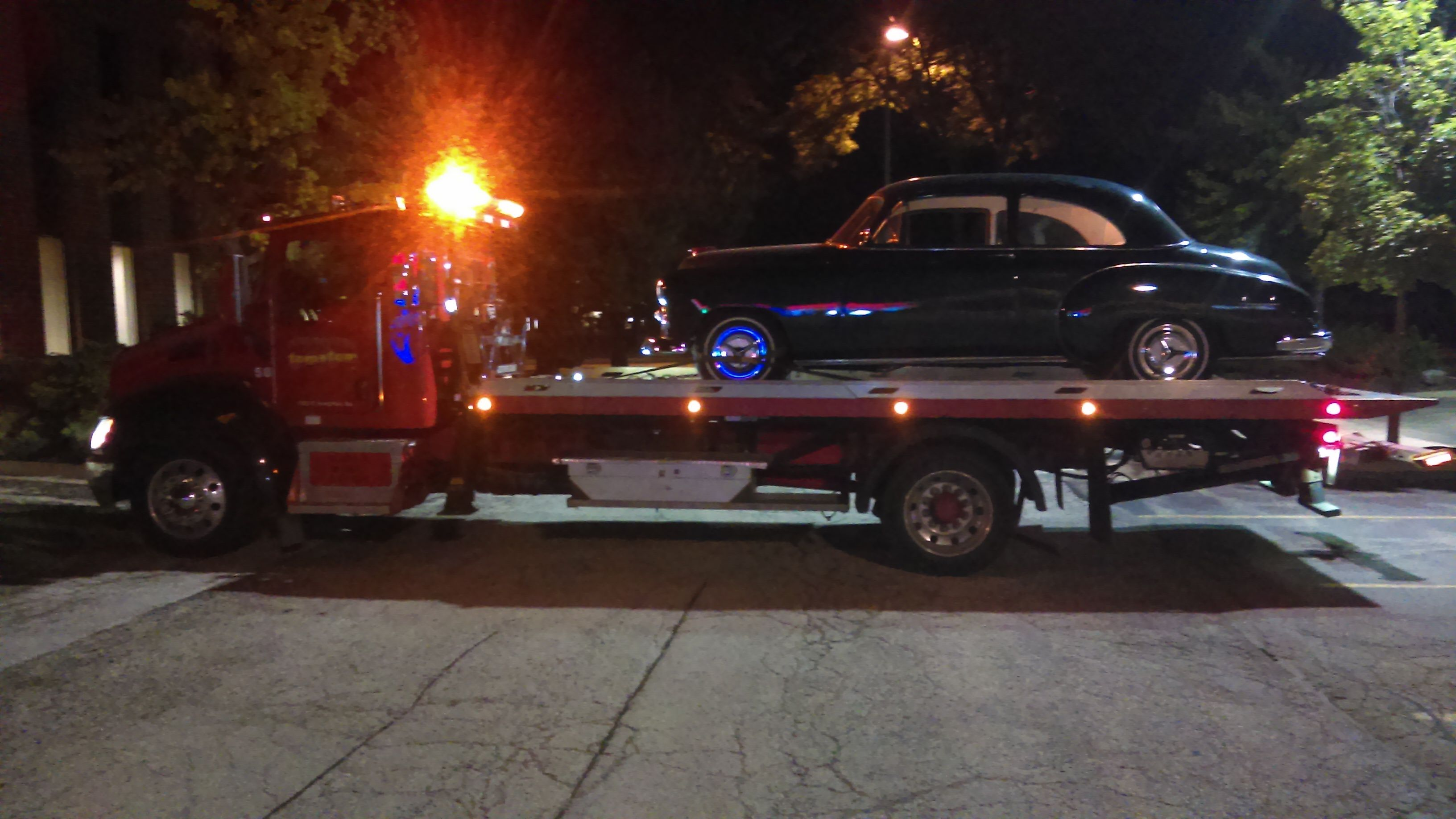 Luxury Car Towing - Tomato Towing