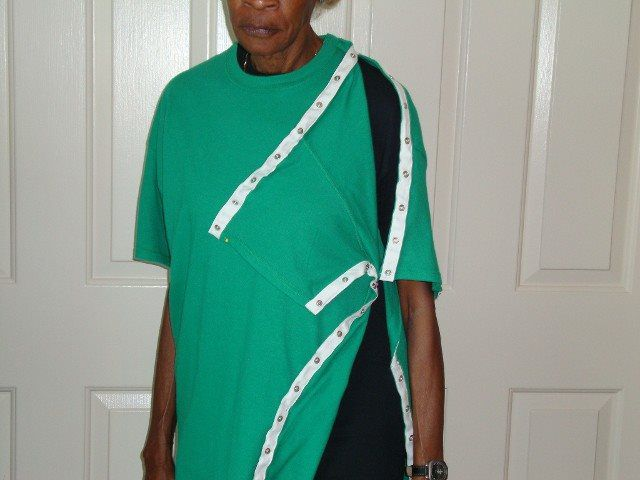 T-Shirt Style - ORTHOPEDIC UPPER TORSO USES W/SNAPS SURGERY WEAR