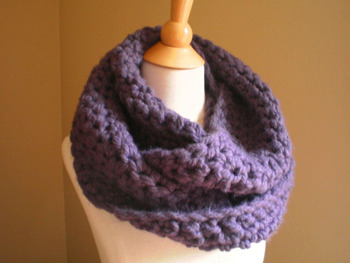 Soho Bulky Cowl Crochet Pattern - Anne Potter
