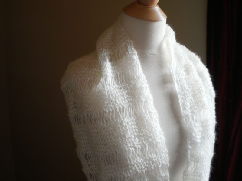 Snowdrift Mobius Cowl Pattern - Anne Potter