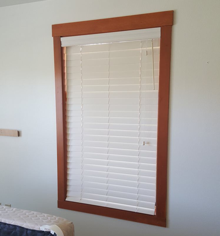 HORIZONTAL POLY VINYL BLINDS
