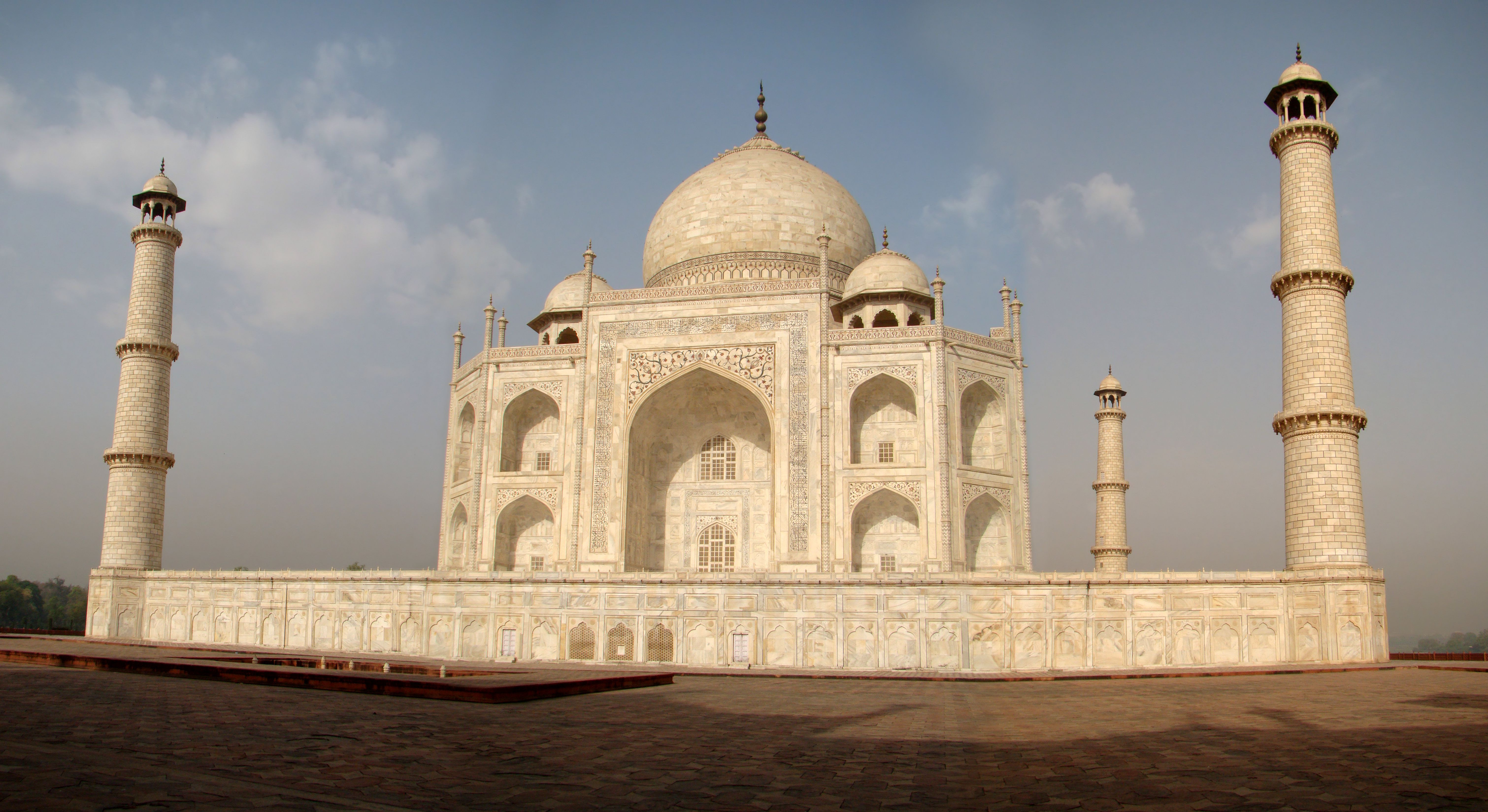 Taj_Mahal_East_Side.jpg