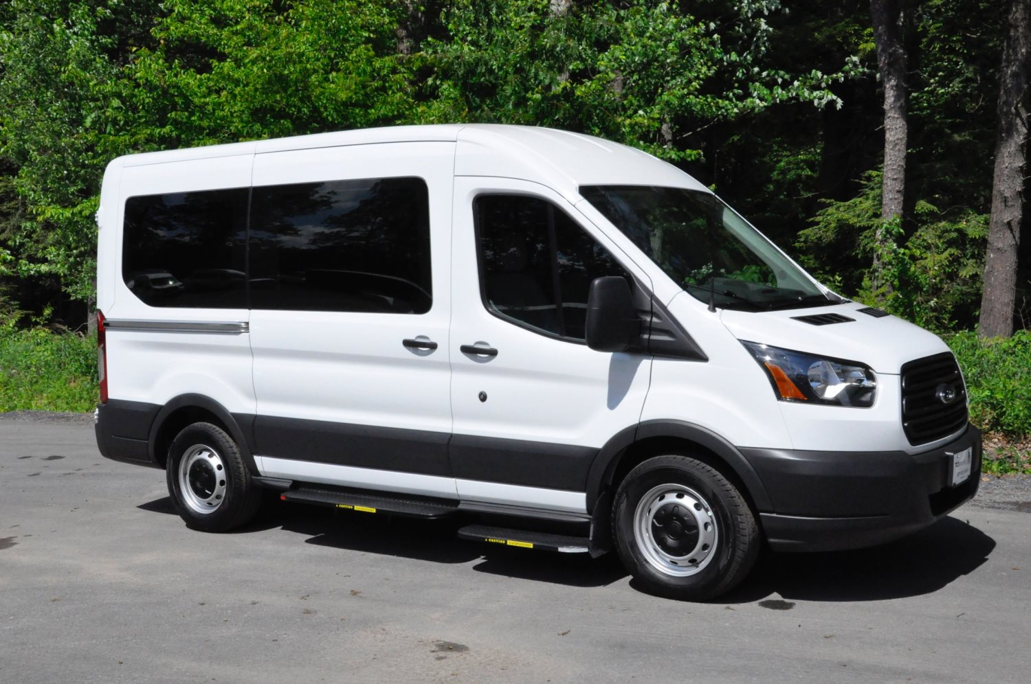Wheelchair Accessible Vans >> Store Item Profile Tci Mobility Wheelchair Accessible Vans