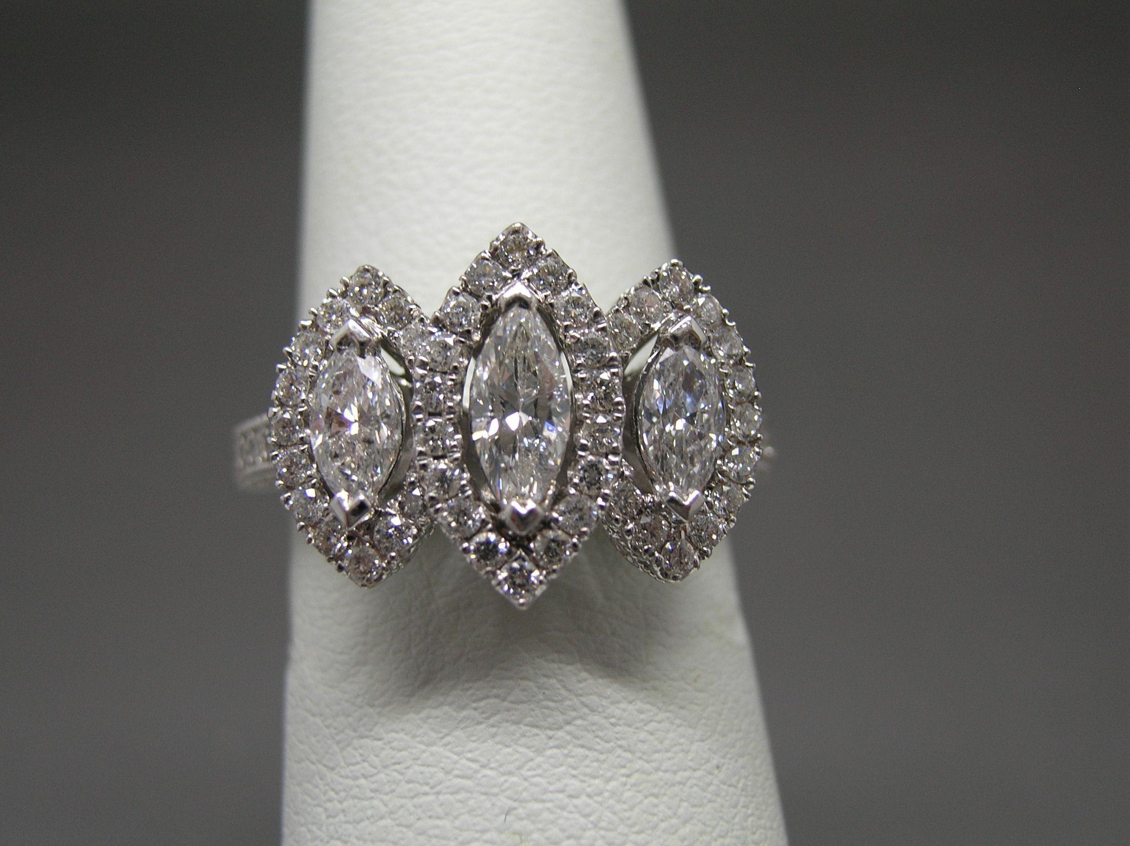 Rings - Grays Jewelers