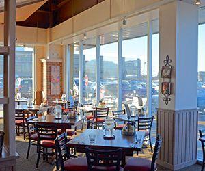 Egg Harbor Café Oak Brook Best Cafe Lunch Breakfast Cafe