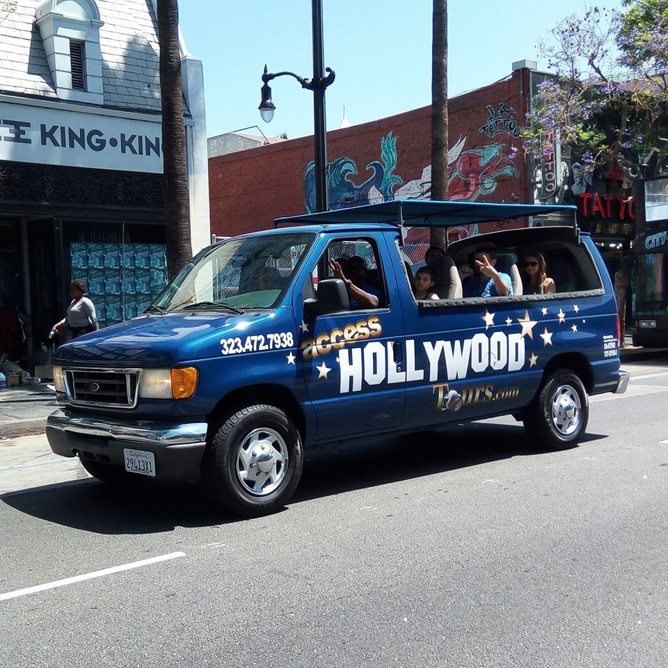 Touring A Home In The Hollywood: Access Hollywood Tours