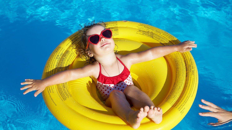 girl swimming at Swimming pool