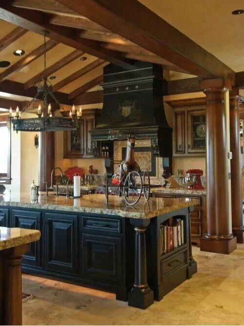 Gorgeous country style kitchen with a big island. - Crain ...