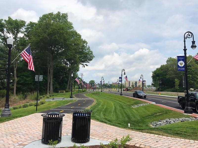 Asphalt Commercial Parking Lot Paving