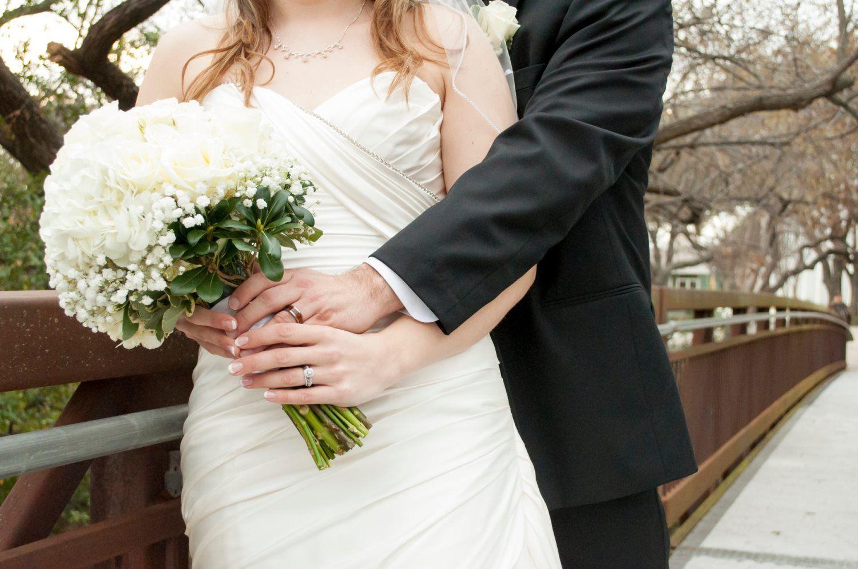 bouquet bride bridegroom