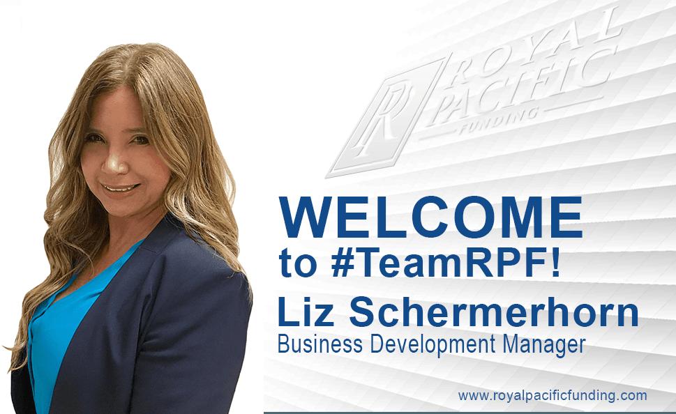 Welcome New Hire_photo_Liz Schermerhorn.png