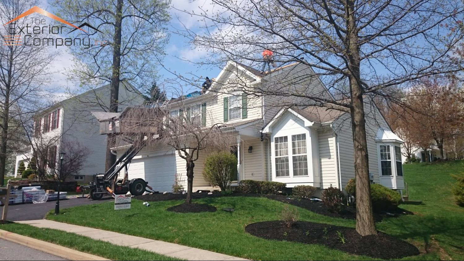 PROFESSIONAL ROOFING REPAIR AND REPLACEMENT