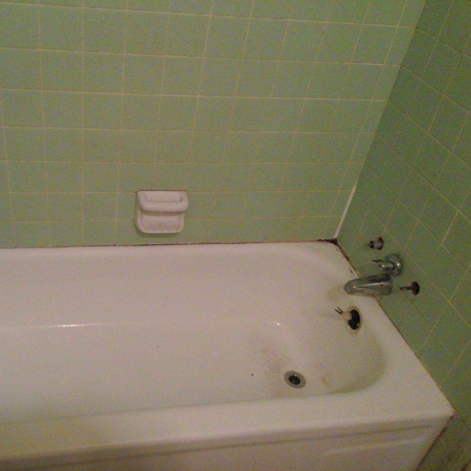 About - J\'s Restoration - J\'s Bathtub Resurfacing