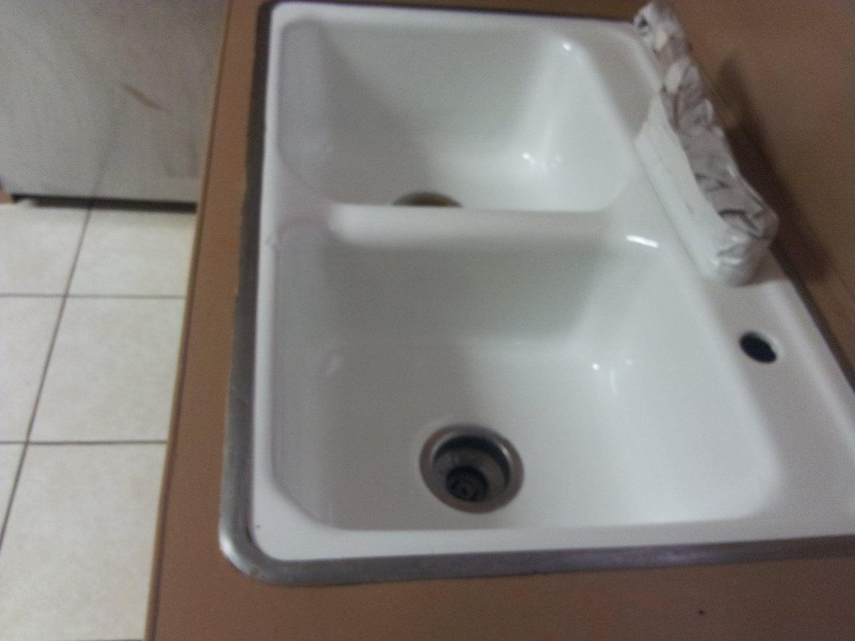 Ceramic tile refinishing js bathtub resurfacing dailygadgetfo Choice Image