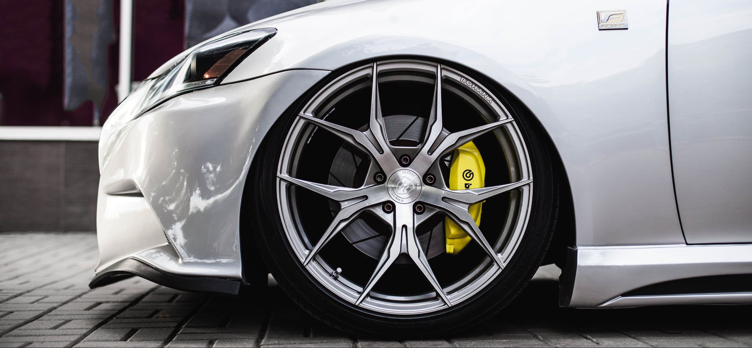 Image of Rims and Tire